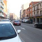 """L'aparcament, """"vital"""" pels botiguers de la Carretera"""