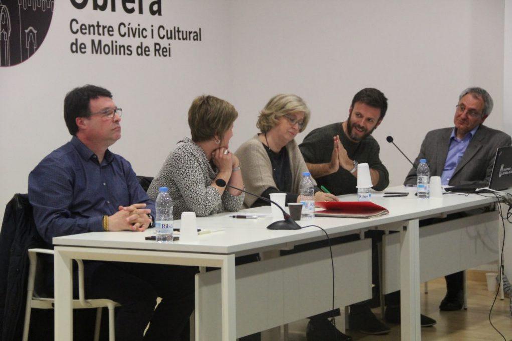 Joan Josep Nuet, Anna Simó, Irene Rigau i Jose Téllez van respondre les preguntes del moderador, Francesc Ballester // Jordi Julià