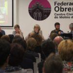 """Irene Rigau, Anna Simó, Joan Josep Nuet i Jose Téllez denuncien la """"judicialització de la política"""" davant 120 persones"""