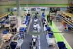 A la fàbrica s'hi fan tant les motos com les bateries // Jordi Julià