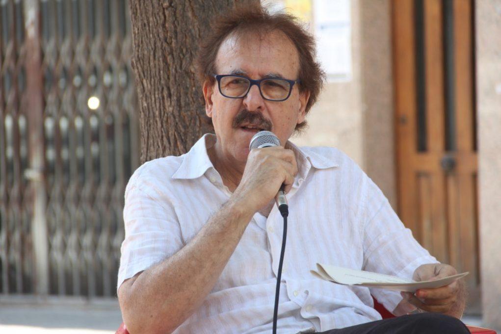 Pere Ortega, del Centre Delàs d'Estudis per la Pau, va explicar les conseqüències del militarisme // Jordi Julià