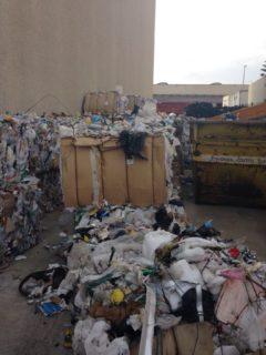 S'han detectat infraccions en gestió de residus en una de les dues empreses inspeccionades // Guàrdia Urbana de Molins de Rei
