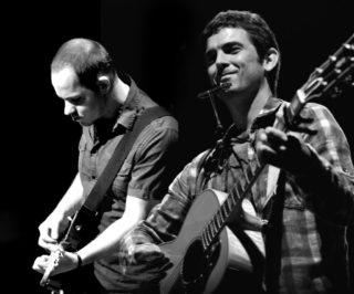 Sarramangu torna en format duet // La Peni