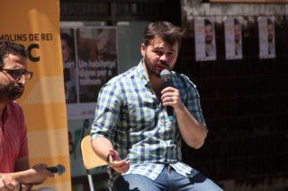 El regidor Eduard Suárez va acompanyar Gabriel Rufián el dia després de saber data i pregunta al referèndum // Jordi Julià