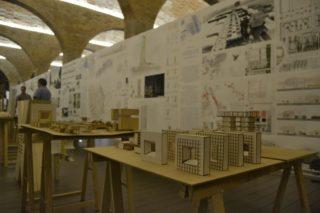 L'exposició proposa un recorregut per conèixer els vint projectes // David Bueno