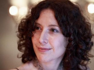 Glòria Massana: literatura, passió i voluntat // Joan GosaGlòria Massana: literatura, passió i voluntat // Joan Gosa