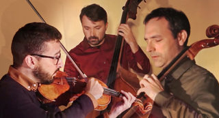 Trio Vivo està format exclusivament per cordes // Daltabaix