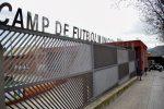 Canvi de gespa del camp de fútbol Josep Raich