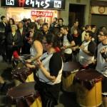 Grups de batucada posaven ritme a la rua